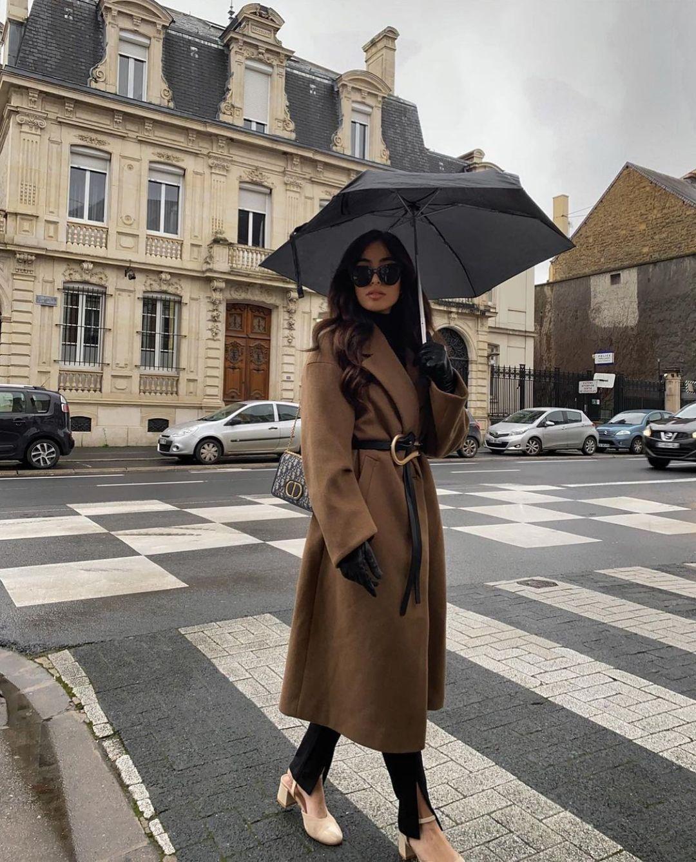 slit leggings de Zara sur zarastreetstyle