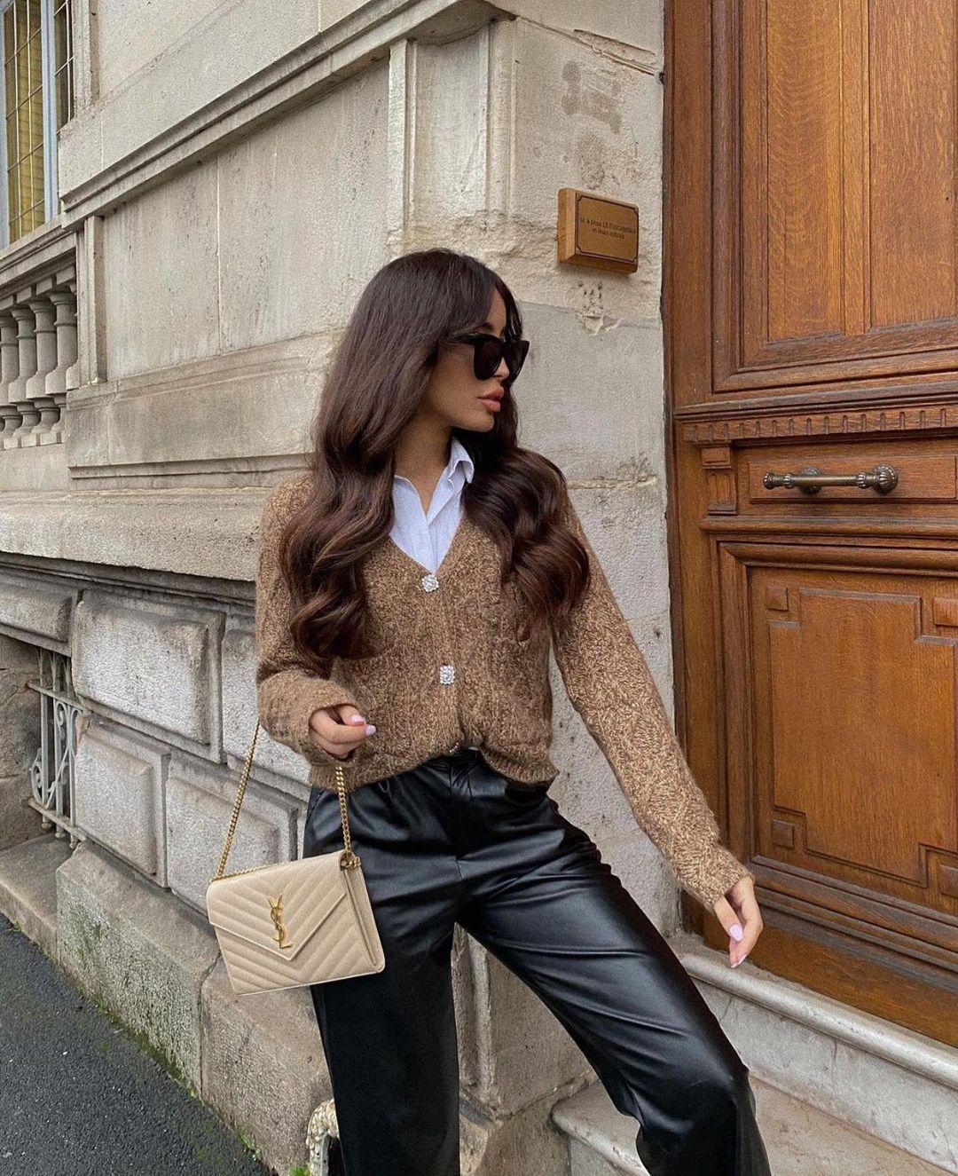cropped jacket with jewel button de Zara sur zaraaddiction