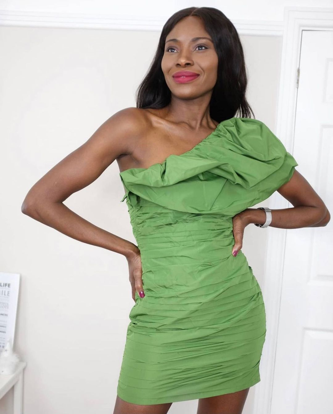 draped one-shoulder dress de H&M sur hm.addicted