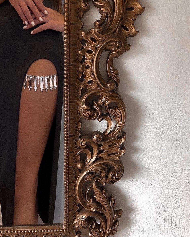 satin skirt with jewels de Zara sur zaraaddiction