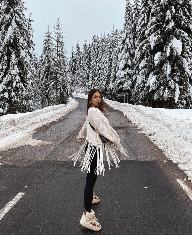 oversized fringed sweater de Zara sur zarastreetstyle