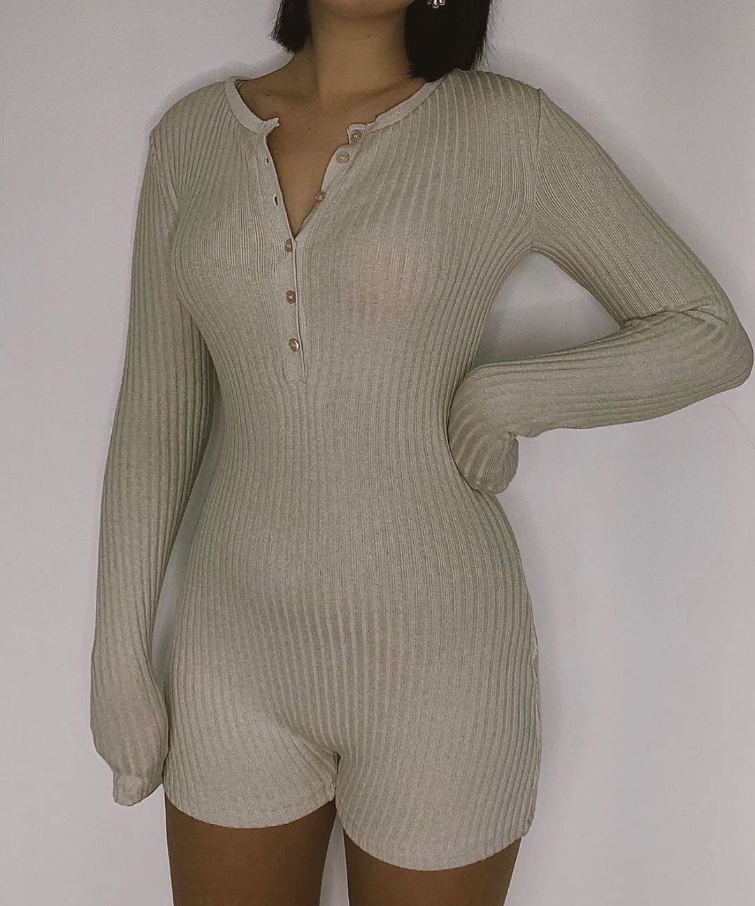 ribbed jumpsuit de Zara sur zara.style.daily