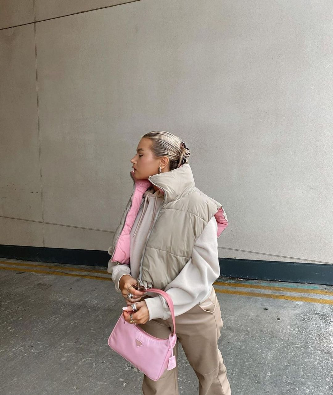 reversible sleeveless down jacket de Zara sur zarastreetstyle