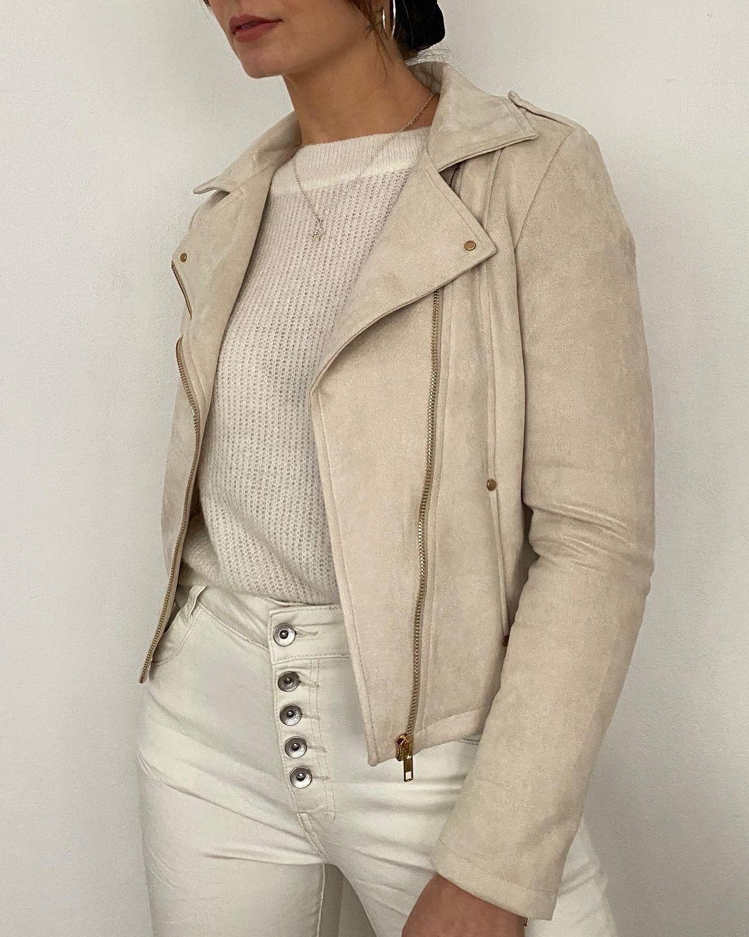 khaki perfecto jacket de Les Bourgeoises sur lesbourgeoisesofficiel