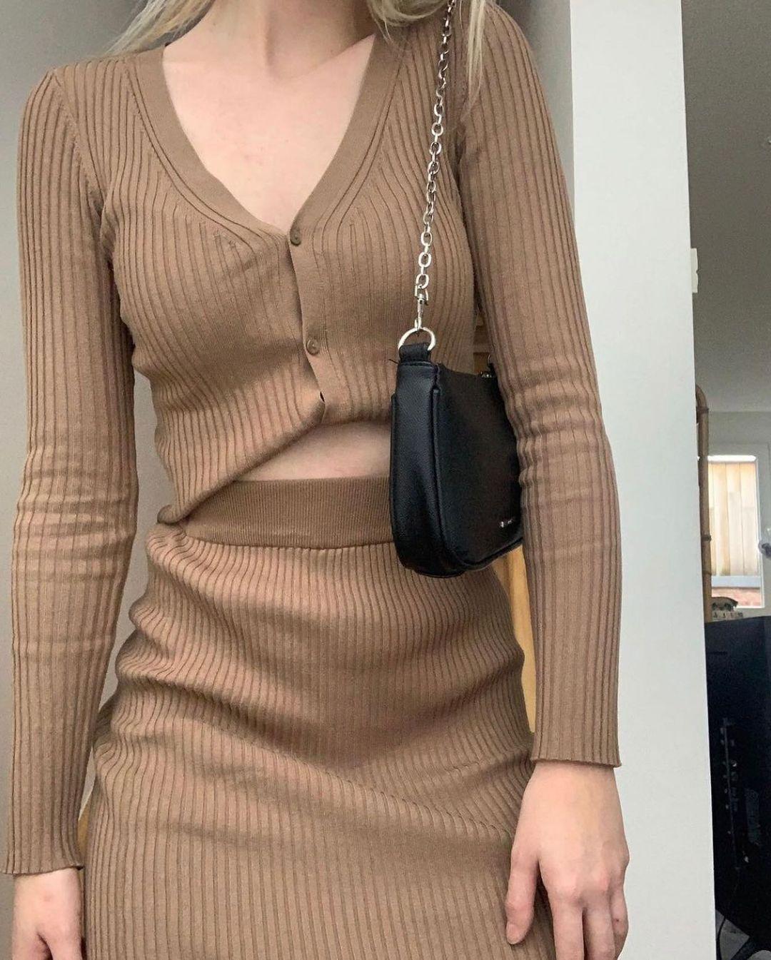 ribbed pencil skirt de H&M sur hm.addicted