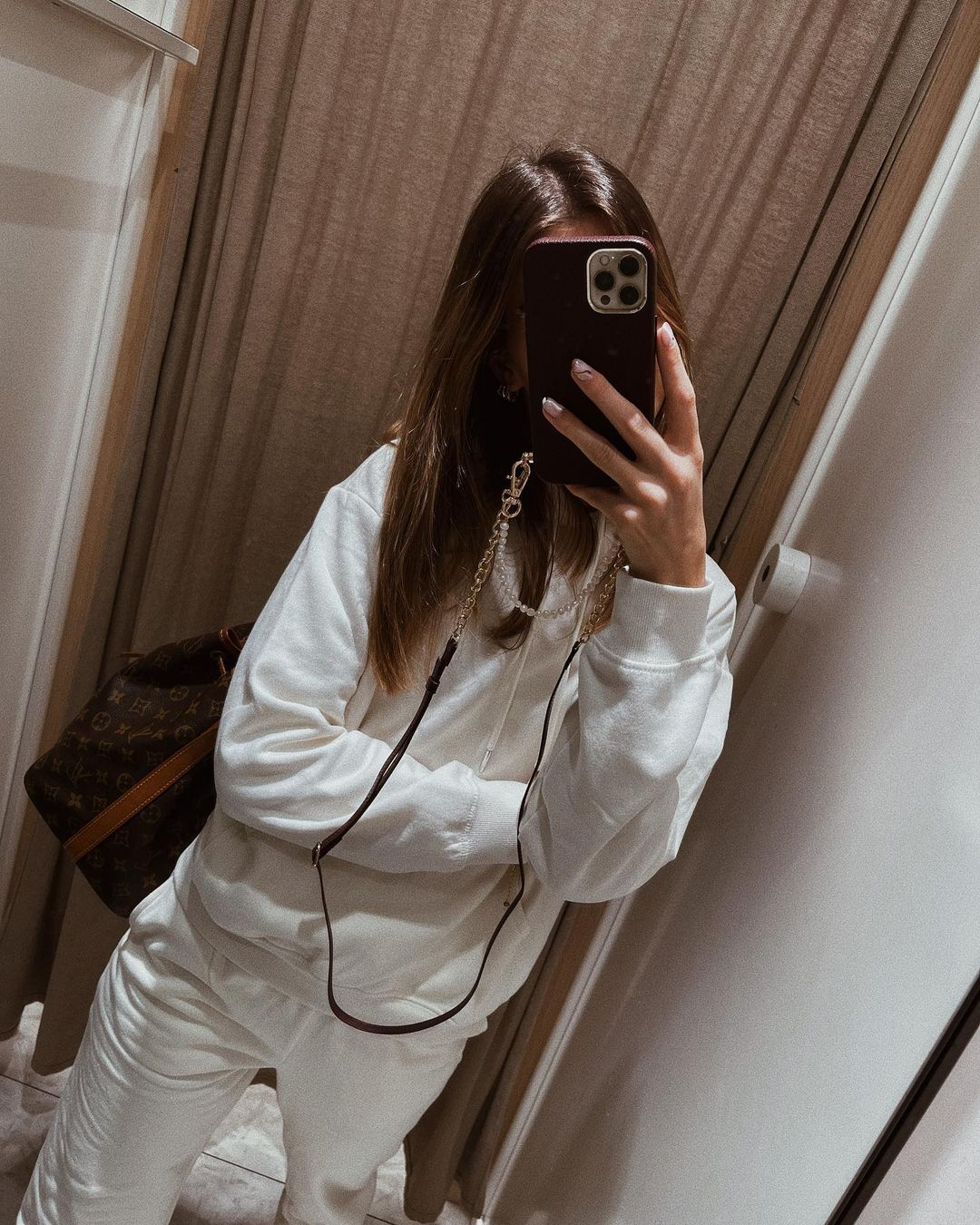 boxy hoodie de H&M sur nooomsworld