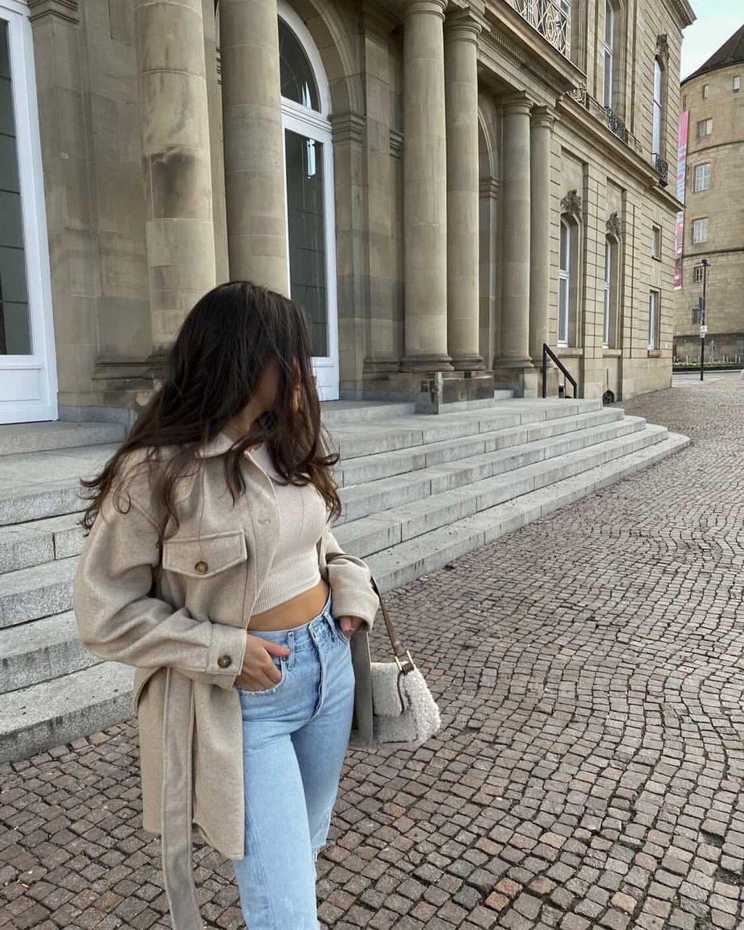 overshirt with belt de Zara sur zarastreetstyle