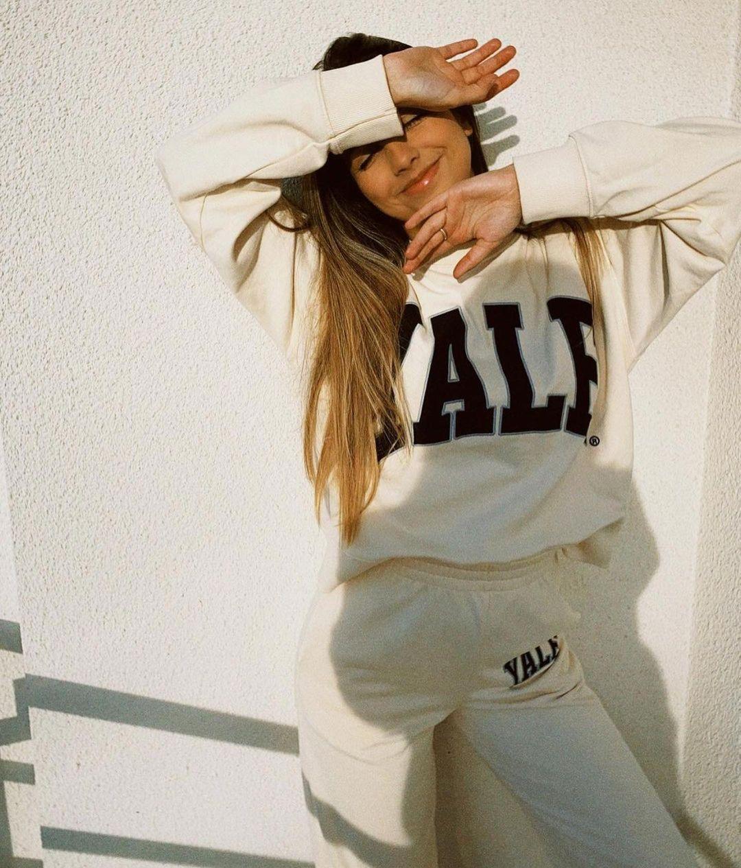 yale™ university sweatshirt de Zara sur zaraaddiction