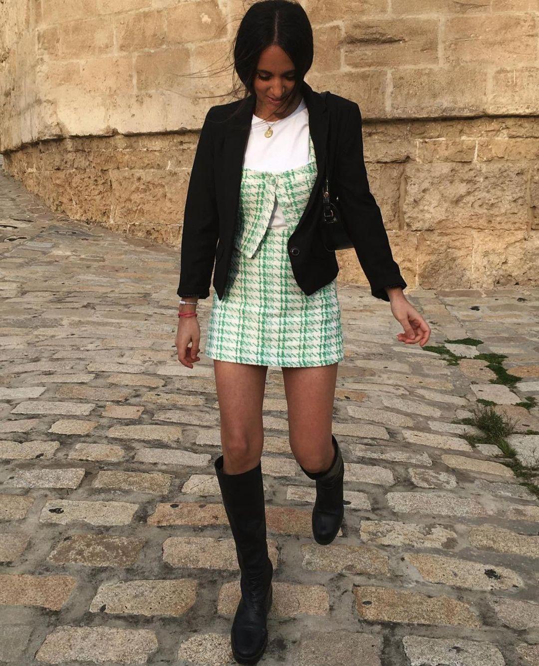 bottes hautes et plates en cuir de Zara sur zara.outfits