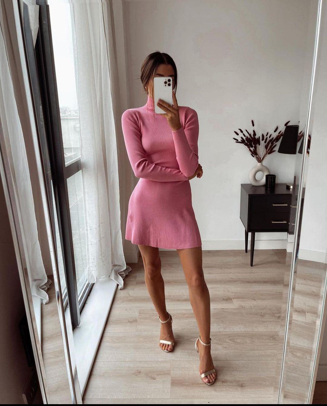 rib dress with zip de Zara sur zaraaddiction