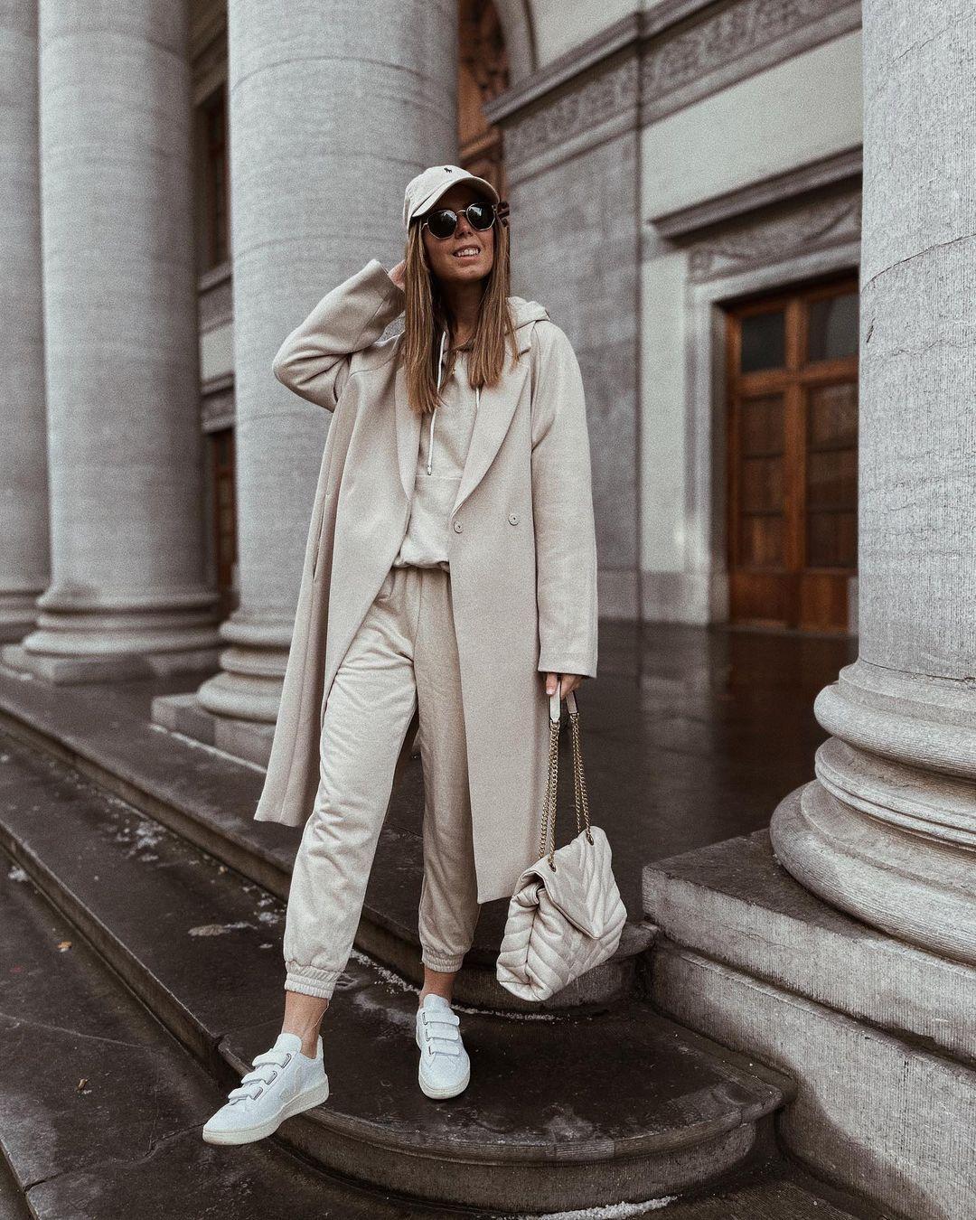 manteau de longueur mi-mollet de H&M sur nooomsworld