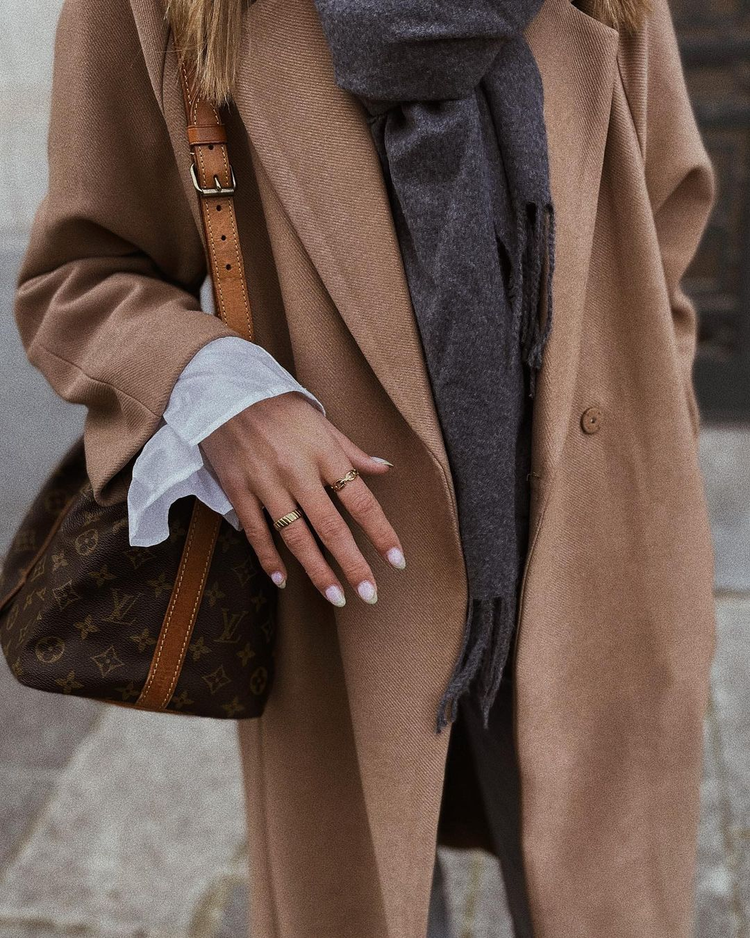 calf-length coat de H&M sur nooomsworld