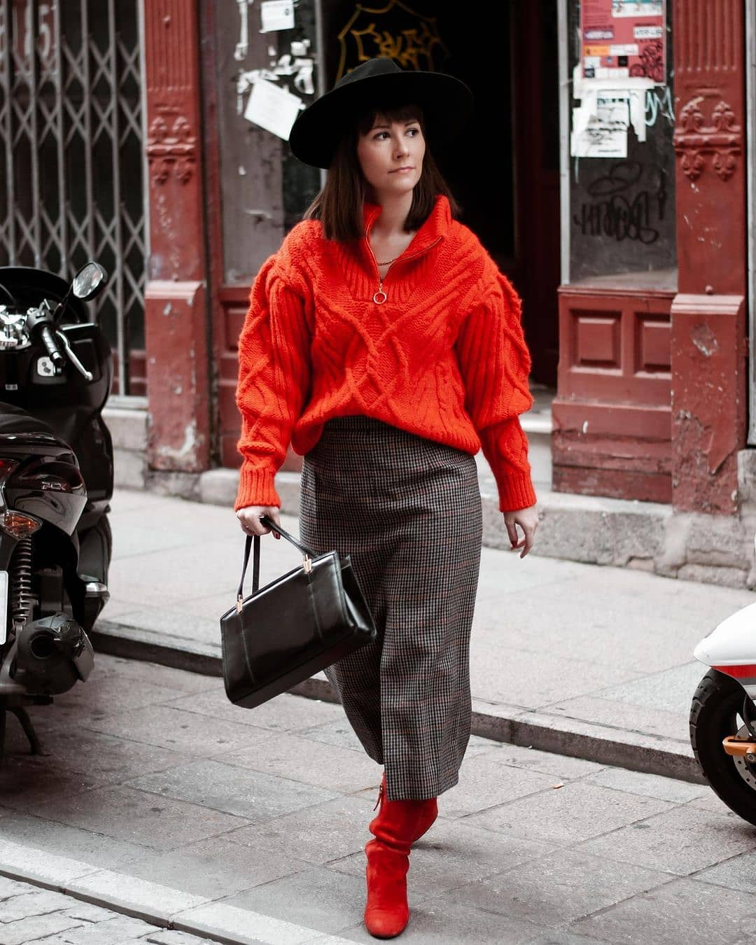 sweater zippo de Mango sur mango.outfits