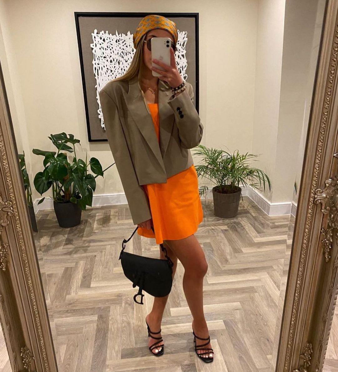 oversized cropped blazer de Zara sur zara.style.daily