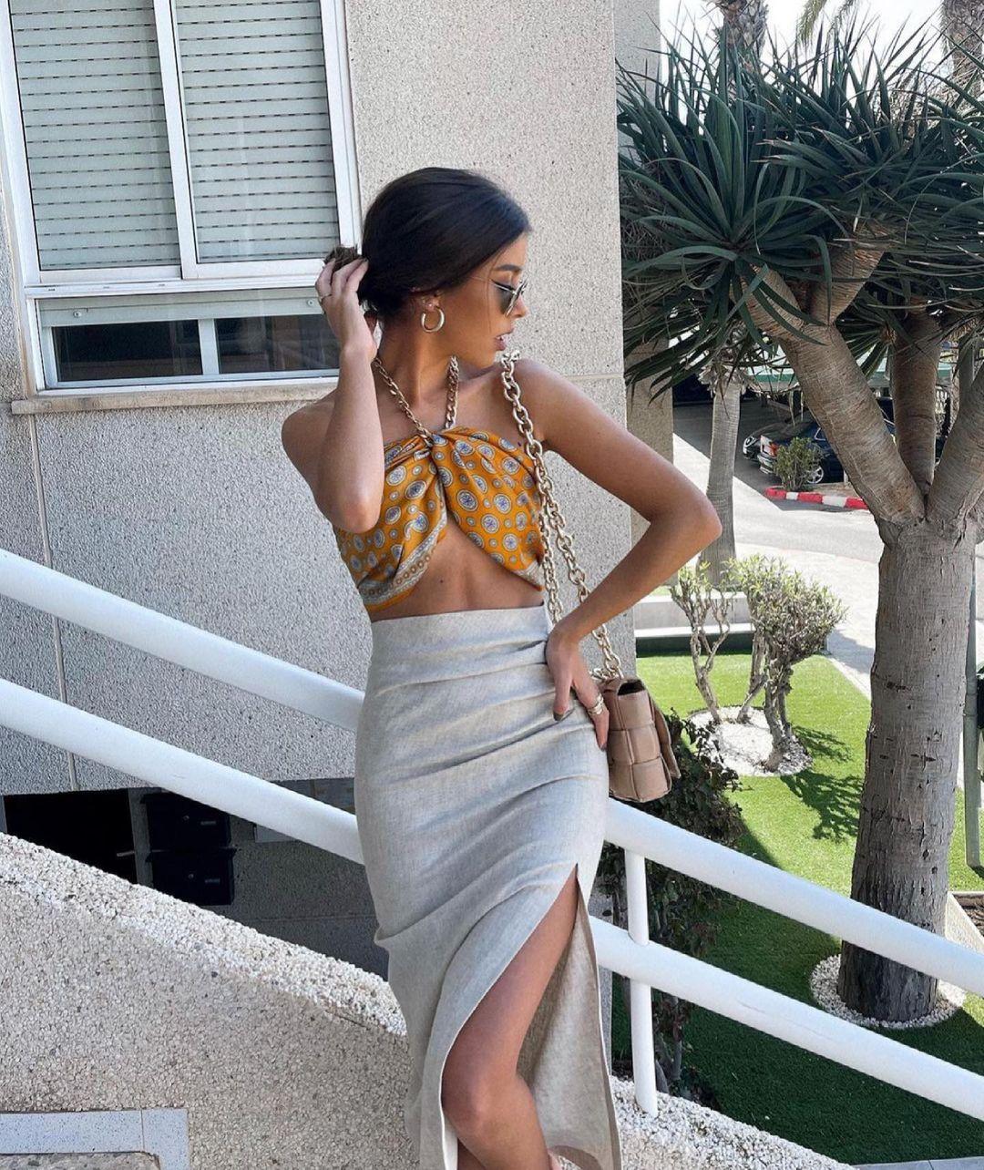 foulard imprimé en soie de Zara sur zara.outfits