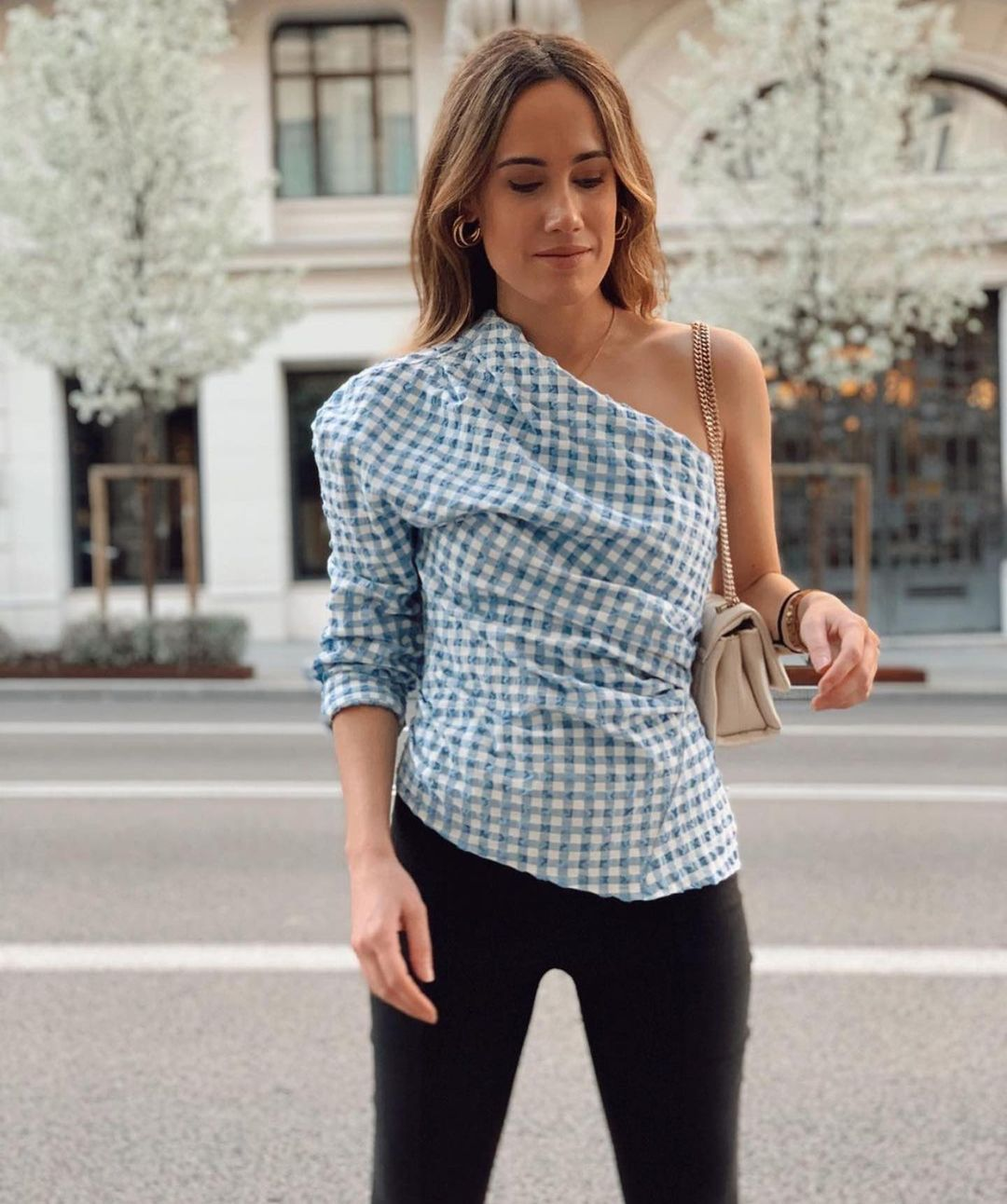 asymmetrical and draped top de Zara sur zaraaddiction