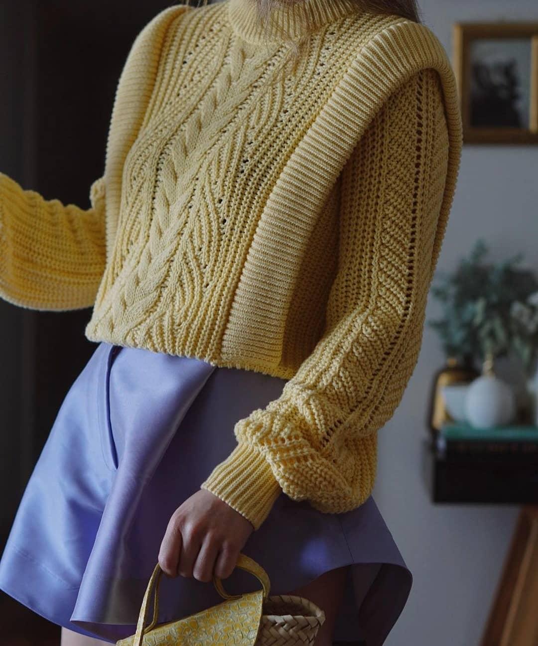 sweater maia de Mango sur mangooutfits