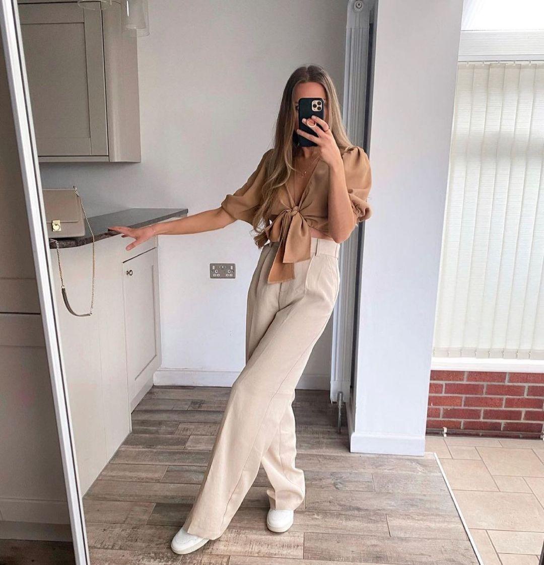 pantalon large à plis de Zara sur zara.outfits