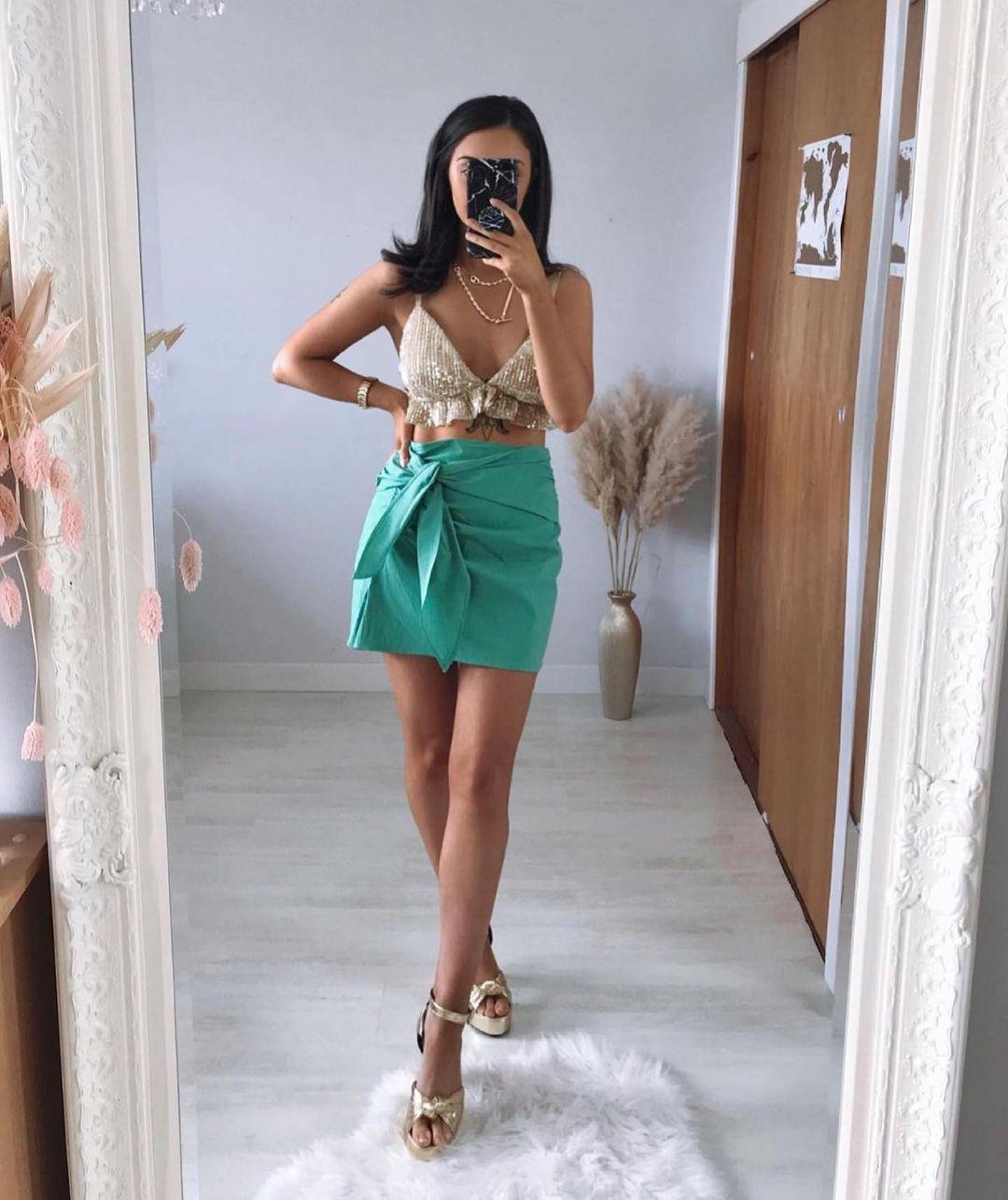 mini jupe à nœud de Zara sur zara.outfits