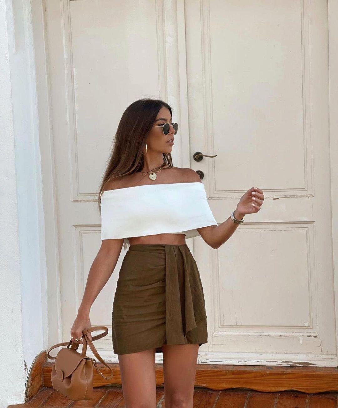 mini jupe à fronces de Zara sur zara.outfits