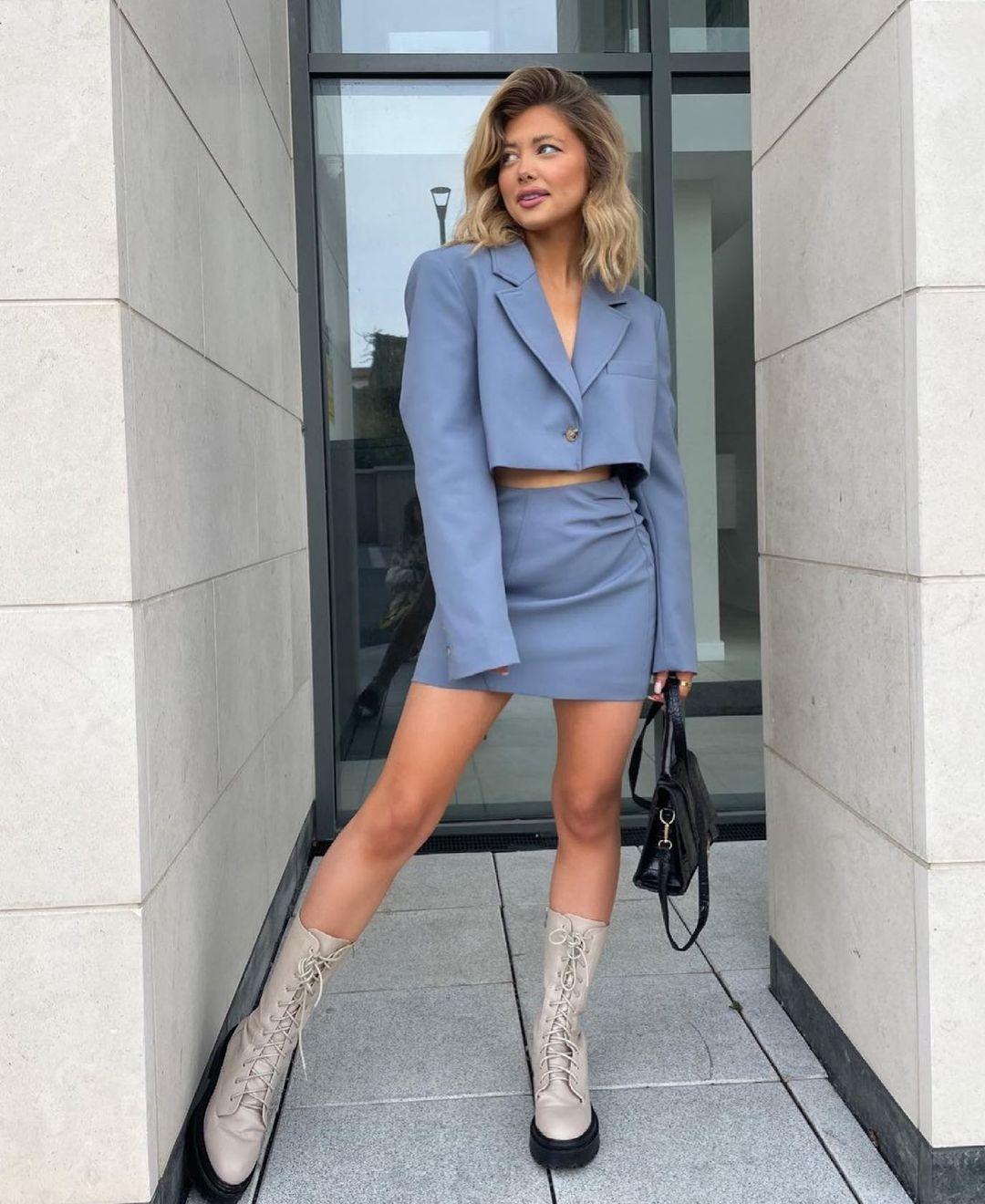 ruched mini skirt de Zara sur zara.style.daily