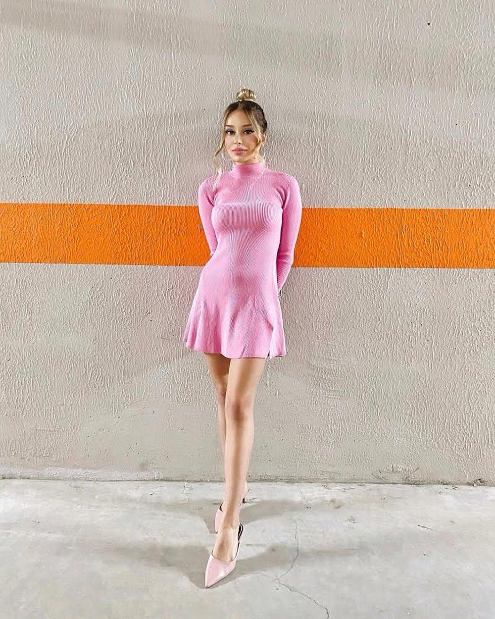 short knit dress de Zara sur zarastreetstyle