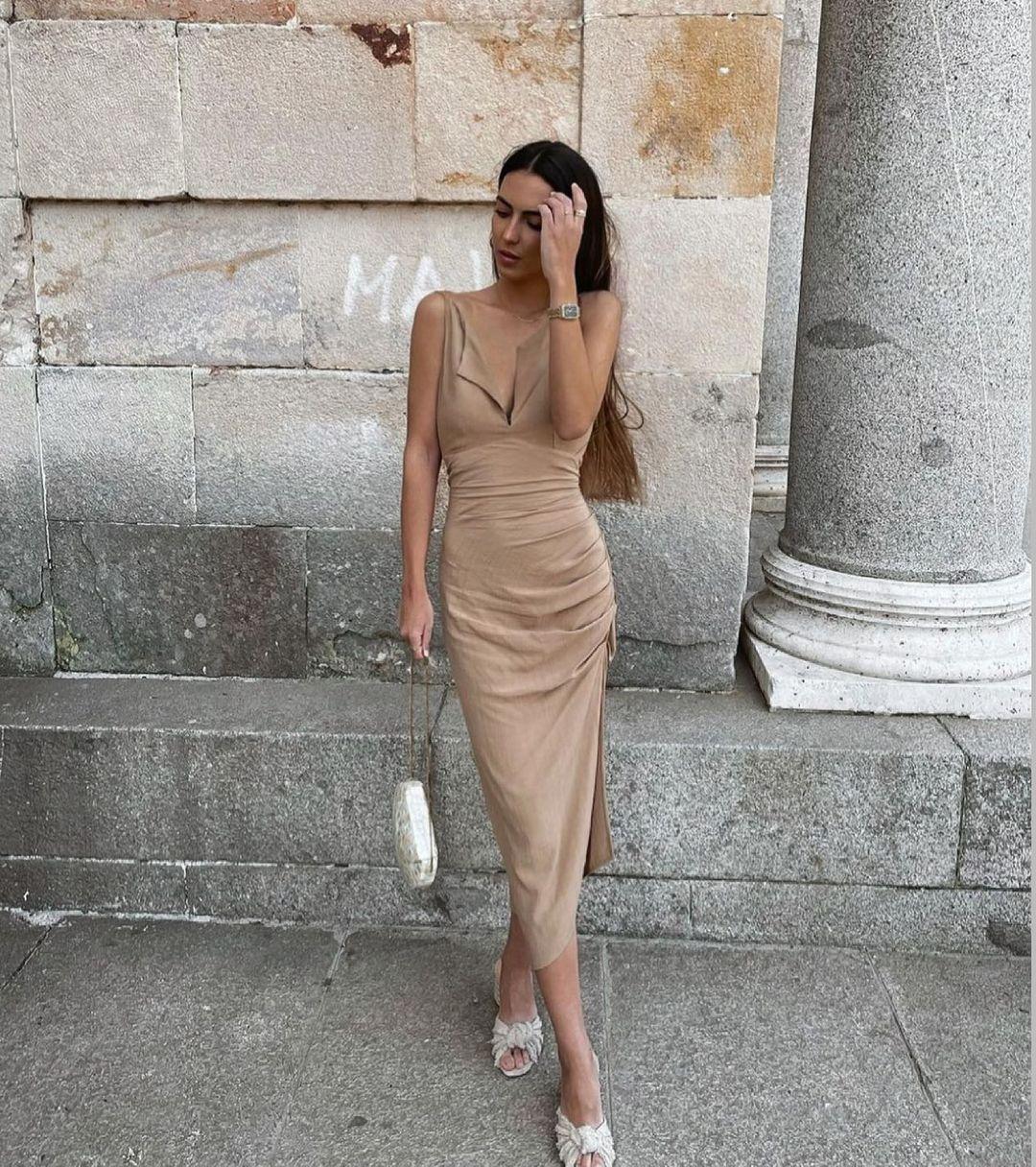 draped mid-length dress de Zara sur zara.style.daily