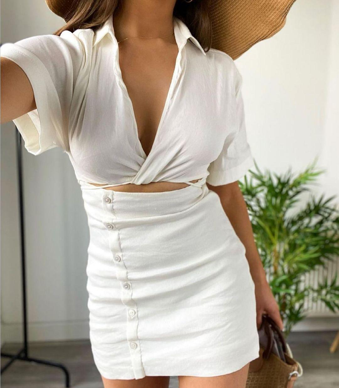 cut out dress with linen de Zara sur zara.style.daily