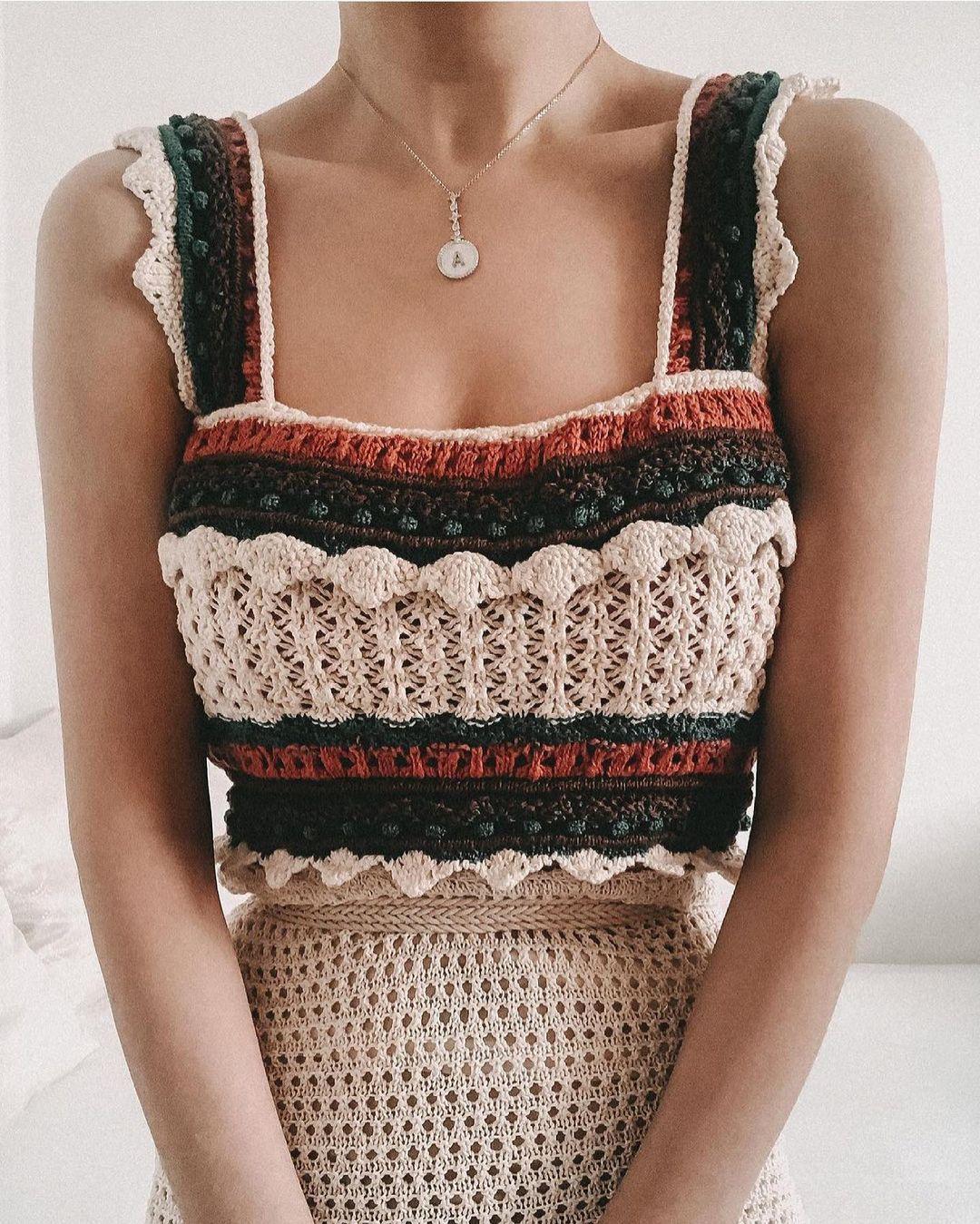 top en maille crochet de Zara sur zara.outfits