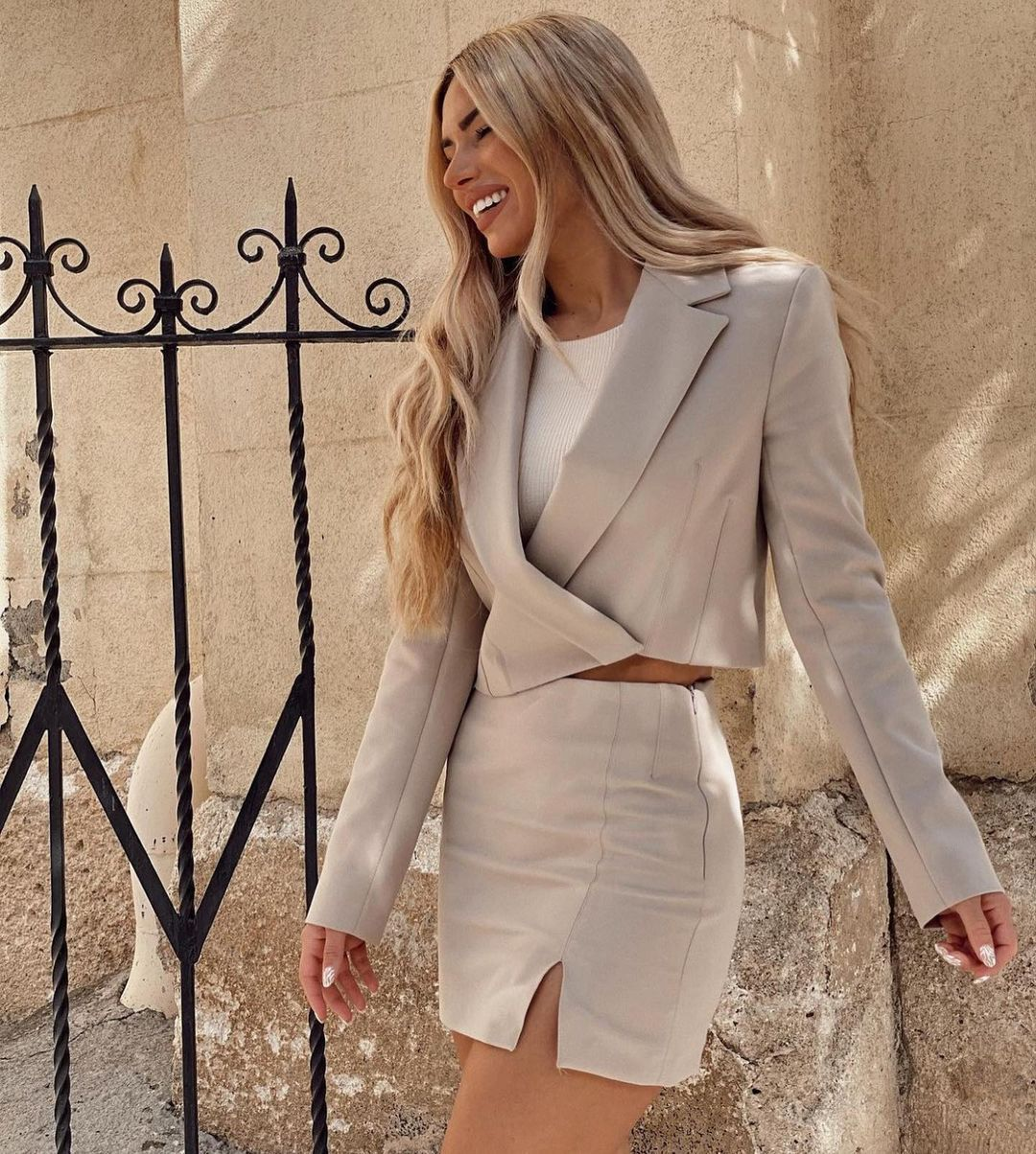 crop blazer with linen de Zara sur zaraaddiction