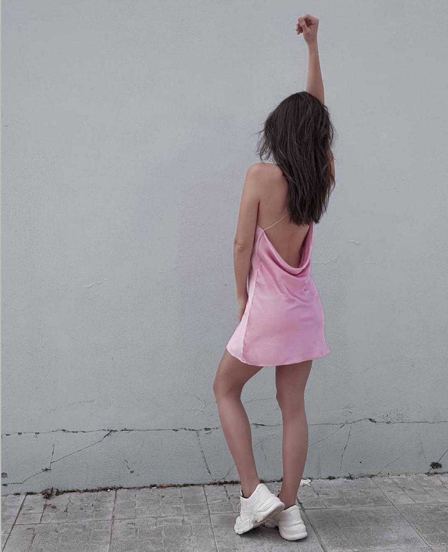satiny dress de Zara sur zara.style.daily