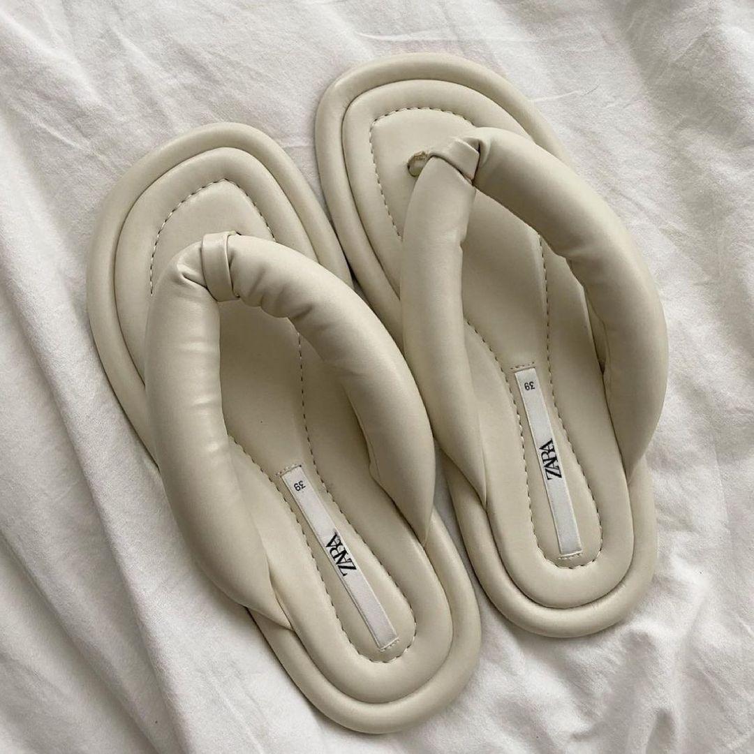 quilted flat sandals de Zara sur zara.style.daily