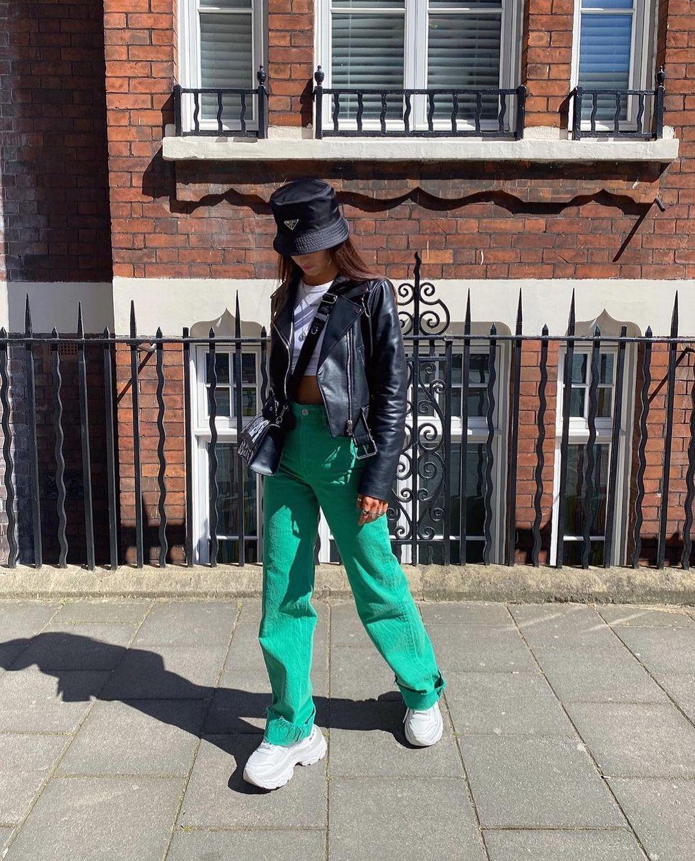 color wide leg full length jeans de Zara sur zarastreetstyle