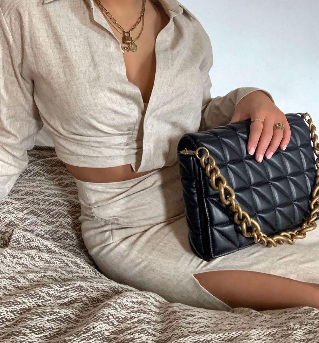 pleated shirt with linen de Zara sur zara.style.daily