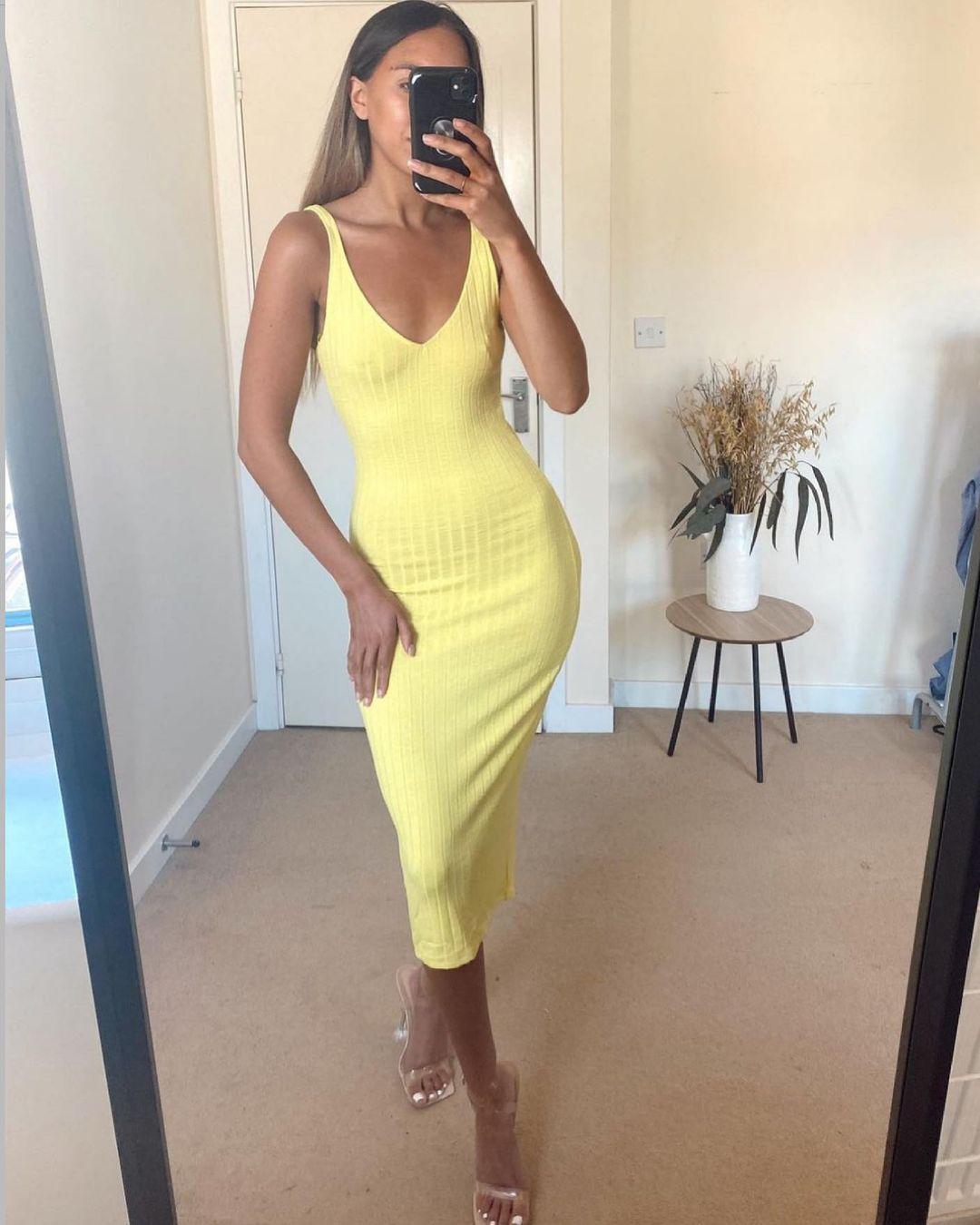 ribbed mid-length dress de Zara sur zara.style.daily