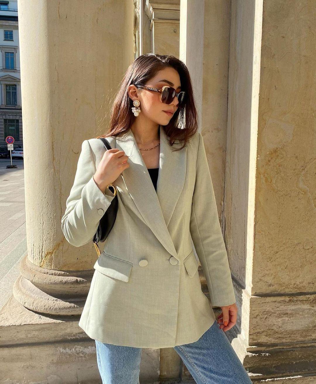 blazer cintré à boutonnage croisé de Zara sur zara.outfits