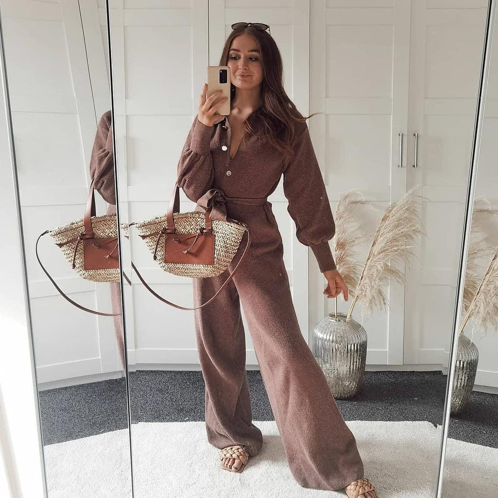 one-piece suit brown de Mango sur mangooutfits