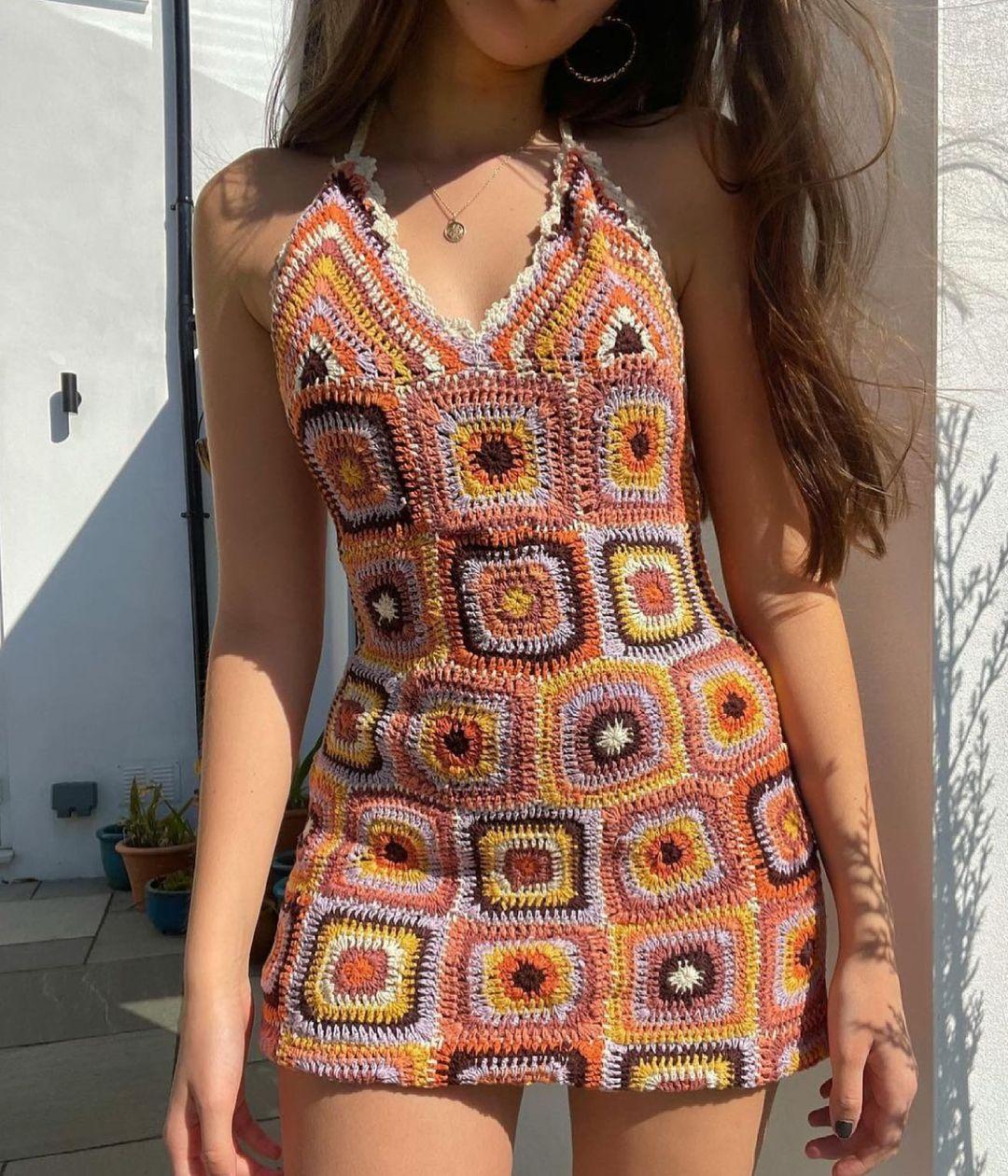 crochet dress de Zara sur zara.style.daily