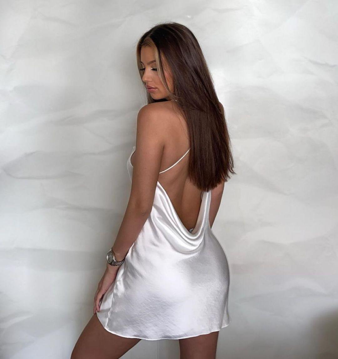 short satin dress de Zara sur zara.style.daily