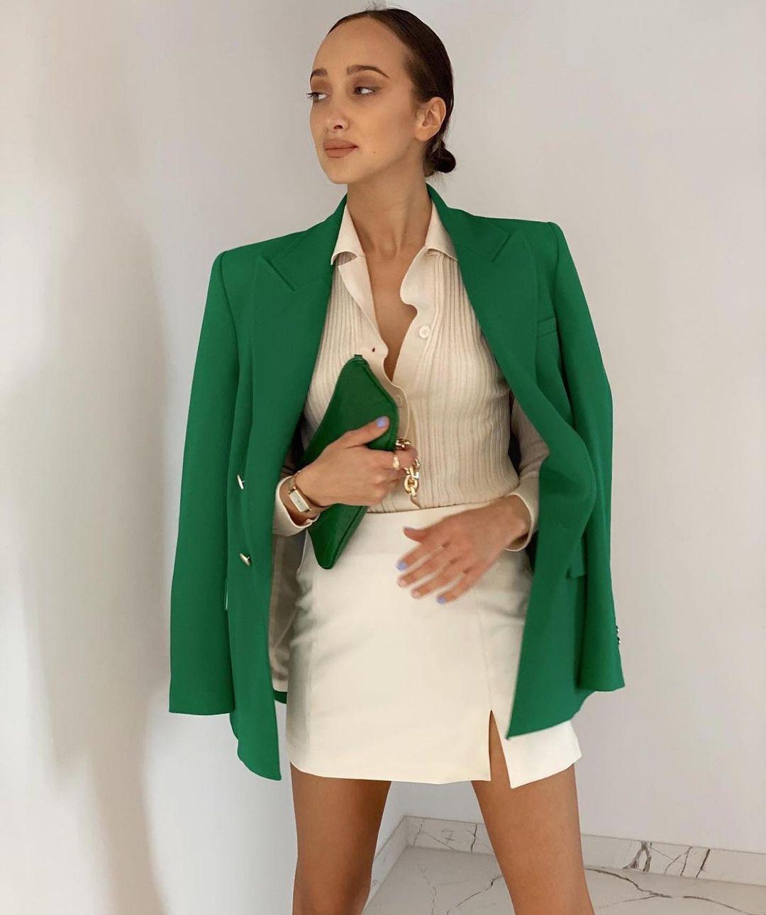 split mini skirt de Zara sur zara.mania