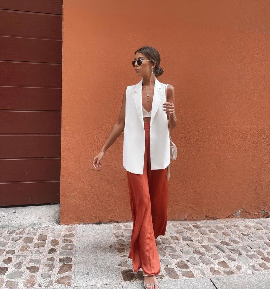 sleeveless blazer with wrap closure and belt de Zara sur zaraaddiction