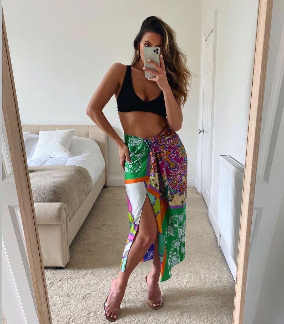 skirt with printed bow de Zara sur zara.style.daily