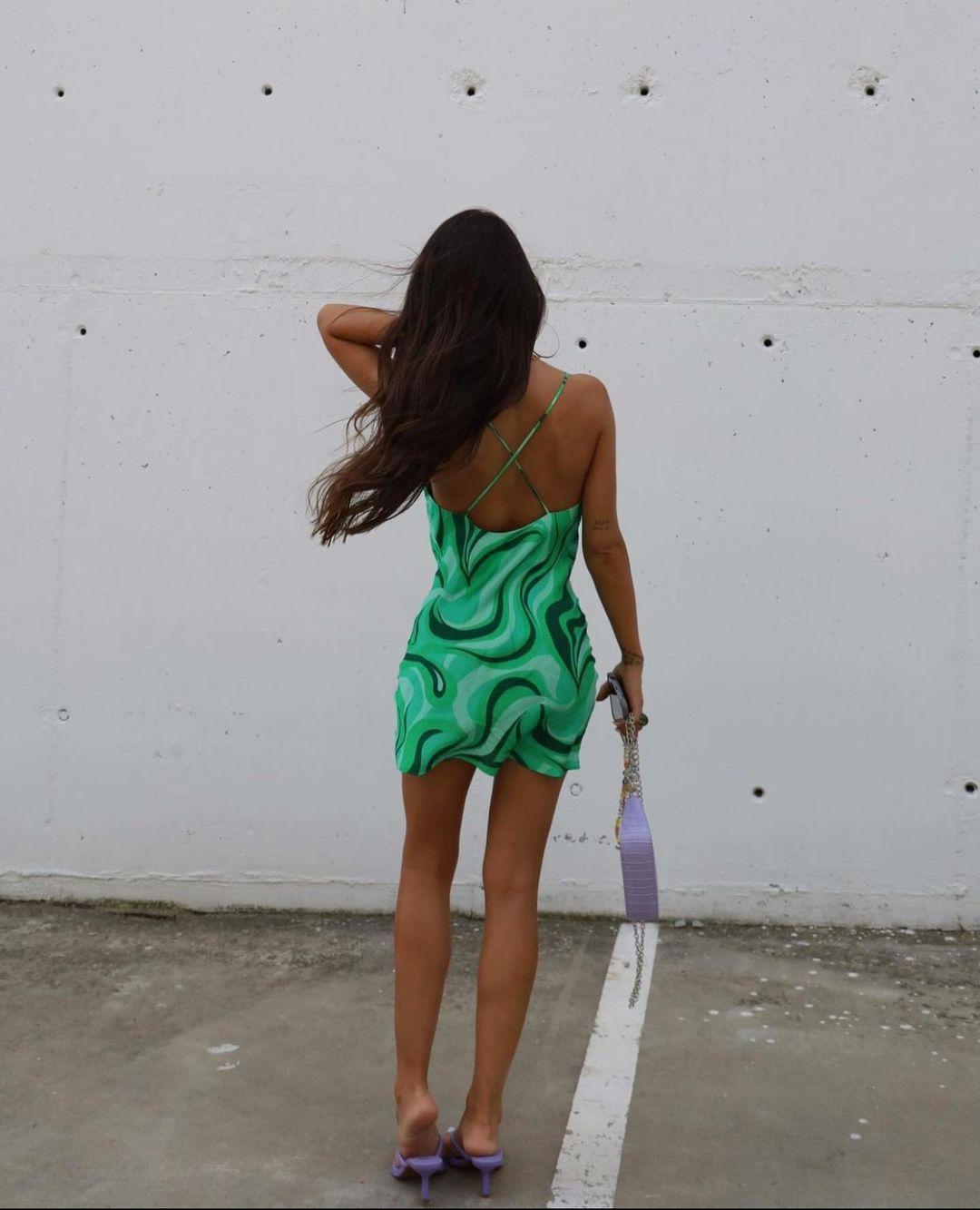flowing short dress de Zara sur zaraaddiction