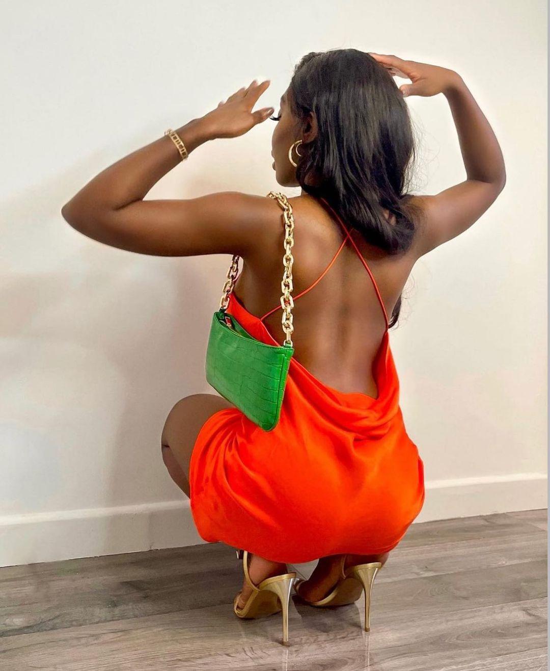 short dress with ruching de Zara sur zara.style.daily