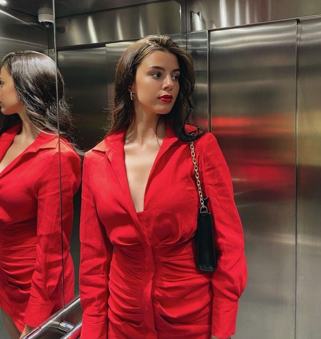 draped dress with linen de Zara sur zara.style.daily