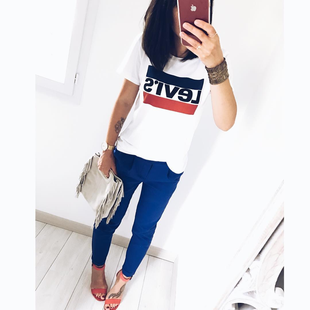 white girls levis t-shirt de Les Bourgeoises sur pamelaedeneva