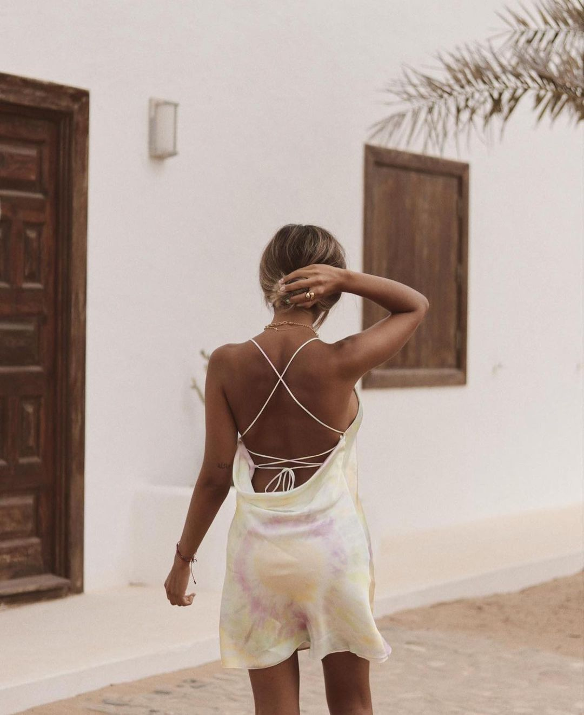 printed satin dress de Zara sur zara.outfits