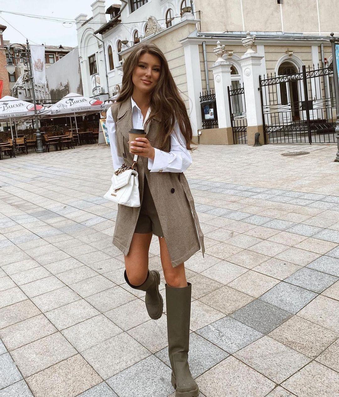 gummed flat boots de Zara sur zara.outfits