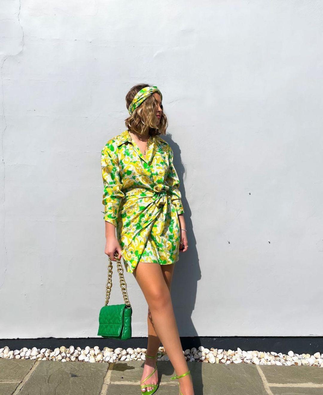 printed dress with headband de Zara sur zara.style.daily