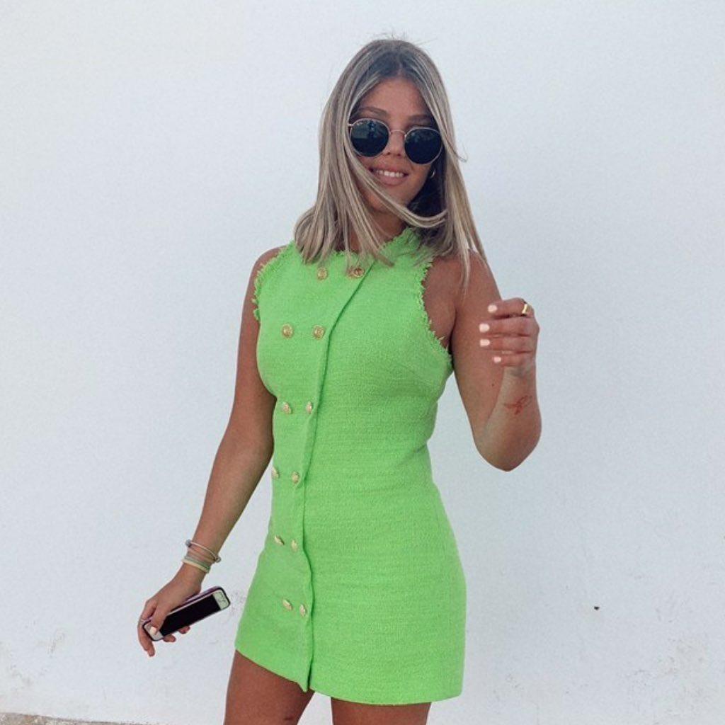 structured dress with buttons de Zara sur zaradiccion__